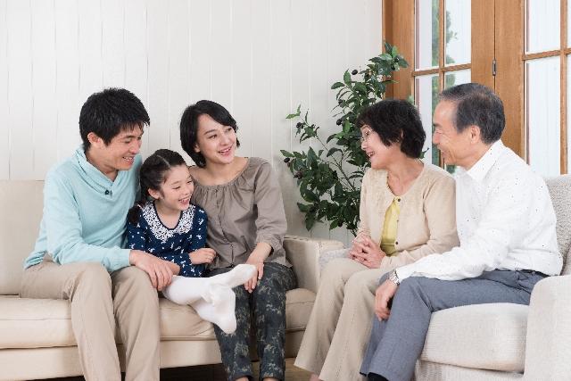 一般の方および専門家向けセミナー                      【財産管理と相続の新しい手法『家族信託』】                    小田原市・平塚市・藤沢市で開催します。
